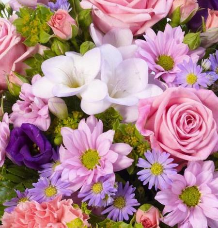 Classic-Lilac-and-Pink-Posy-3-Funeral-Flowers-London
