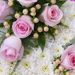 Classic-Pink-and-White-Posy-3-Funeral-Flowers-London-300x300