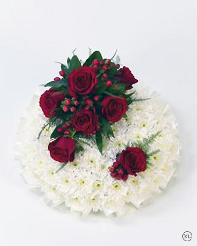 Classic-Red-and-White-Posy-1-Funeral-Flowers-London