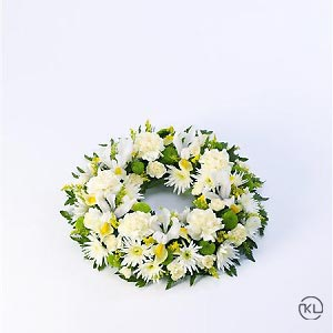 Classic-Selection-Wreath-Yellow-and-Cream-1-Funeral-Flowers-London-300x300
