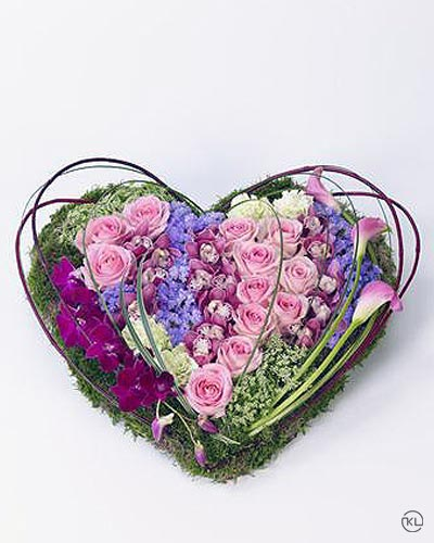 Contemporary-Heart-1-Funeral-Flowers-London
