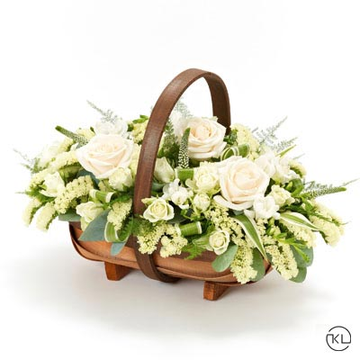 Cream-and-White-Basket-1-Funeral-Flowers-Londonc