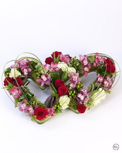 Double-Heart-Tribute-Mixed-1-Funeral-Flowers-London