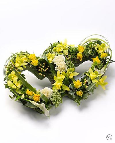 Double-Heart-Tribute-Yellow-1-Funeral-Flowers-London