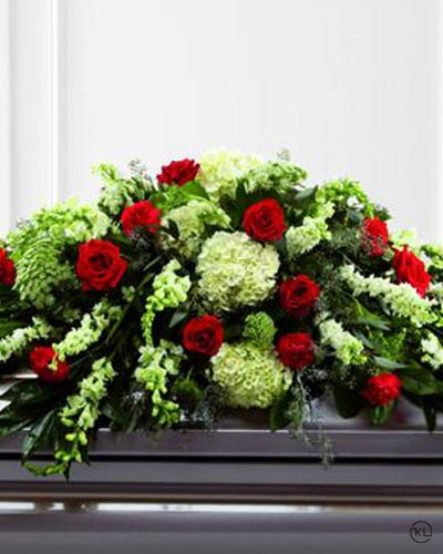 Mixed-Casket-Spray-Red-and-Green-1-Funeral-Flowers-London1