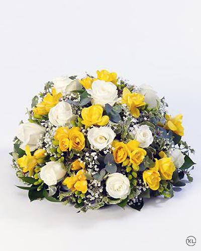 Rose-and-Freesia-Posy-Yellow-and-White-1-Funeral-Flowers-London