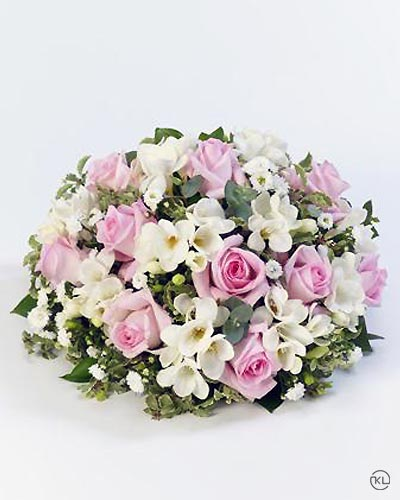 Scented-Posy-Pink-and-White-1-Funeral-Flowers-London