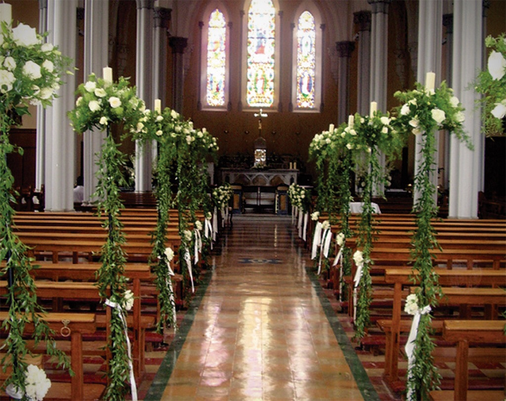 Venue dressing - Funeral Flowers Londo