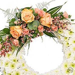 Classic-Orange-Rose-and-Chrysanthemum-Wreath300x300