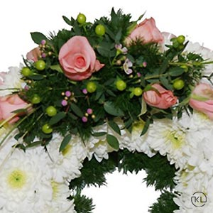 Pink-Rose-and-Chrysanthemum-Posy300x300