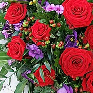 Red-Rose-and-Violets-Posy300x300