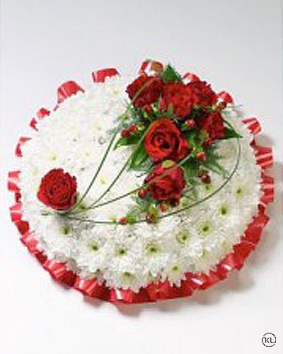Red-rose-and-Chrysanthemum-Posy
